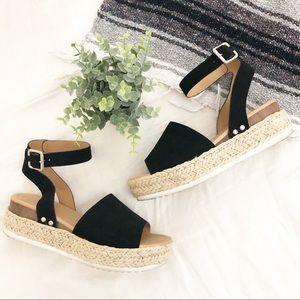 Soda   Black Platform Espadrille Sandals